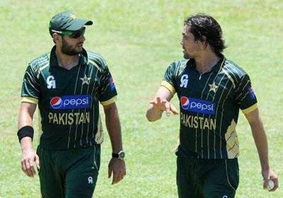Shahid-Afridi-Anwar-Ali-thumb