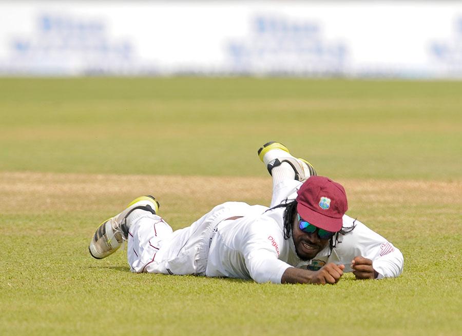 کرس گیل زخمی ہونے کی وجہ سے بنگلہ دیش کے خلاف دوسرا ٹیسٹ کھیلنے سے بھی محروم رہ گئے تھے، اب بھارت کا دورہ بھی نہیں کریں گے (تصویر: WICB)