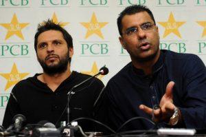 شاہد آفریدی سے کبھی کوئی اختلاف نہیں رہا، ان کی مکمل مدد و حمایت کروں گا: وقاریونس (تصویر: AFP)