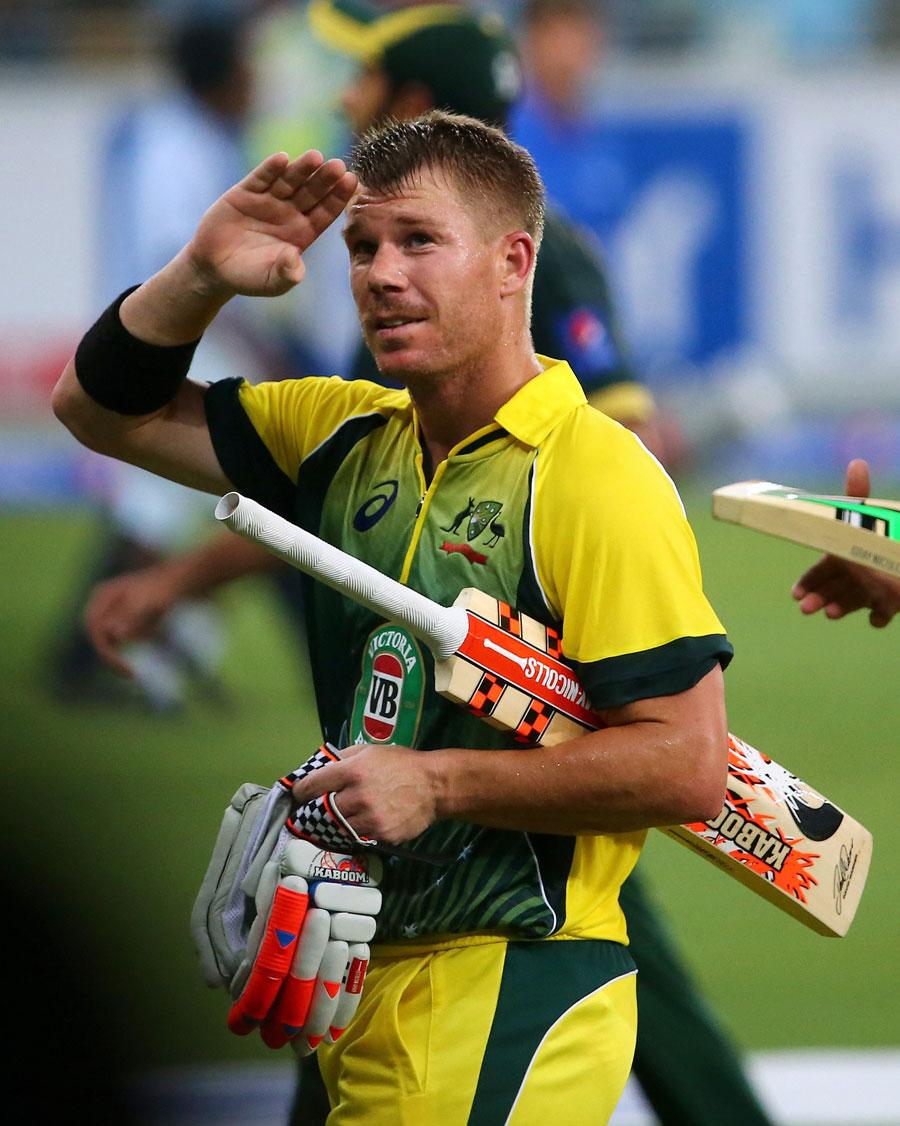 ڈیوڈ وارنر کا سلام عید، بہترین بیٹنگ اور آسٹریلیا کی فتح (تصویر: AFP)