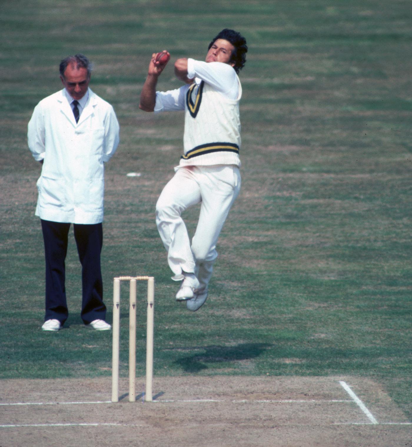 عمران خان نے پاکستان کو آسٹریلیا کی سرزمین پر پہلی فتح دلائی (تصویر: Getty Images)