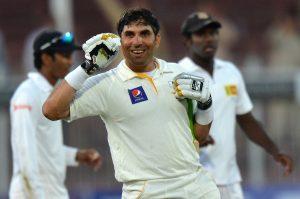 اگر مصباح صرف 63 رنز مزید بنا لیں تو پاکستان کے کپتان کی حیثیت سے سب سے زیادہ ٹیسٹ رنز بنانے والے بلے باز بن جائیں گے (تصویر: AFP)