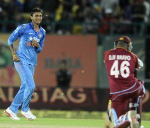 کھلاڑیوں کی جانب سے دورۂ بھارت کے اچانک خاتمے اور بھارتی کرکٹ بورڈ کی جانب سے زر تلافی کے مطالبے نے ویسٹ انڈیز کرکٹ کو گھٹنے ٹیکنے پر مجبور کردیا ہے (تصویر: BCCI)