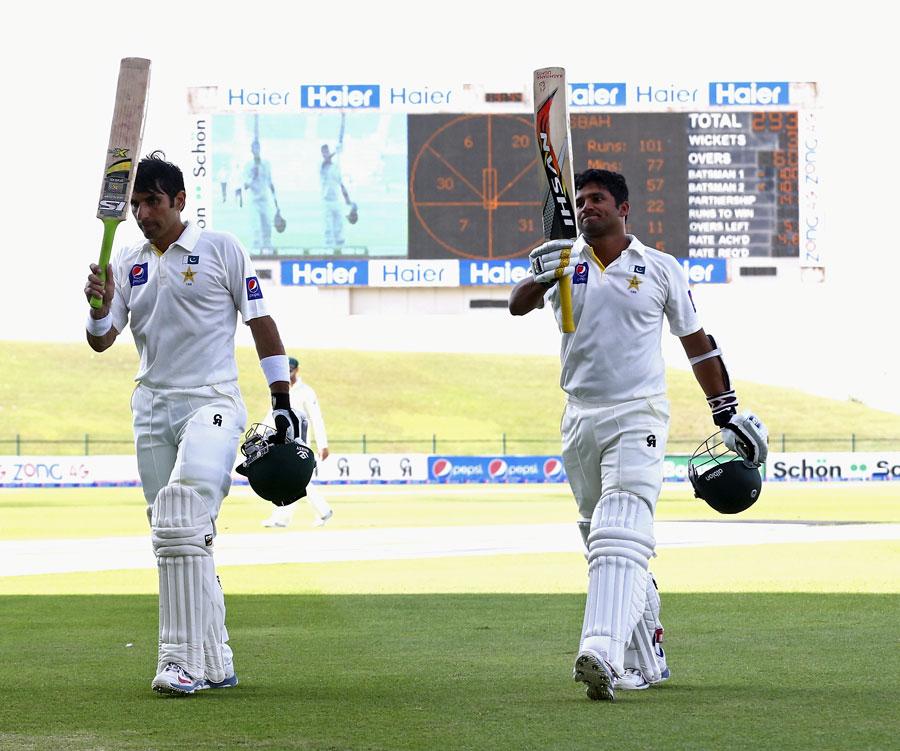 مصباح الحق اور اظہر علی نے صرف 102 گیندوں پر 141 رنز کی ناقابل شکست شراکت داری قائم کی (تصویر: Getty Images)