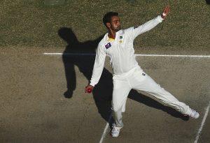 اگر محمد حفیظ پر بھی پابندی لگ گئی تو یہ عالمی کپ سے قبل پاکستان کے لیے ناقابل تلافی نقصان ہوگا (تصویر: Getty Images)