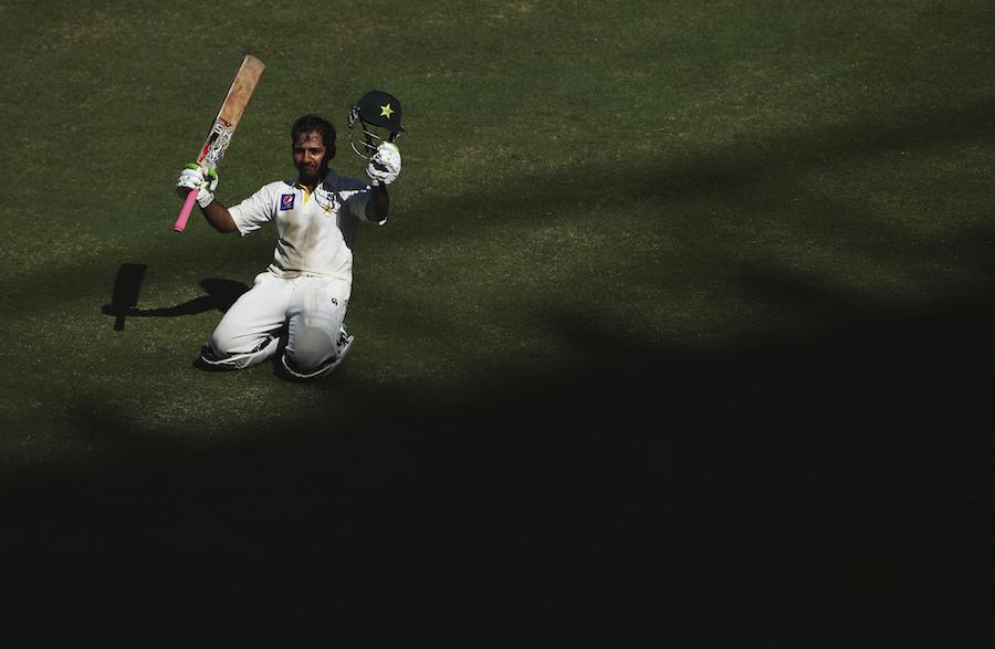 سرفراز احمد کو میچ کا دھارا پلٹنے والی سنچری اننگز عالمی درجہ بندی میں اٹھارہویں نمبر پر لے آئی ہے (تصویر: Getty Images)