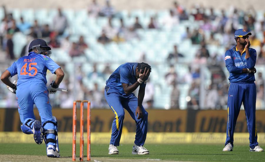 بھارت کے ہاتھوں پانچوں ایک روزہ مقابلوں میں شکست کے بعد سری لنکا کے لیے آئندہ سیریز زندگی و موت کا مسئلہ بن چکی ہے (تصویر: BCCI)