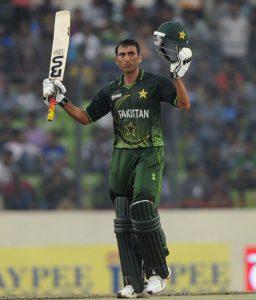 یونس خان کی واپسی ظاہر کرتی ہے کہ کارکردگی دکھانے کی صورت میں وہ عالمی کپ 2015ء کھیل سکتے ہیں (تصویر: AFP)