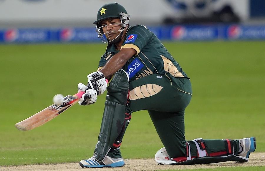 سرفراز احمد نے 76 رنز کے ساتھ کسی بھی پاکستانی وکٹ کیپر کی طویل ترین ٹی ٹوئںٹی اننگز کھیلی (تصویر: AFP)