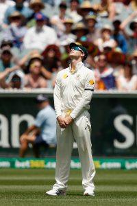 آسٹریلیا نے پانچویں دن صرف 57 رنز کے لیے 23 اوورز ضائع کیے۔ بھارت کے میچ بچا لینے میں شاید انہی اوورز کا کردار اہم تھا (تصویر: Getty Images)