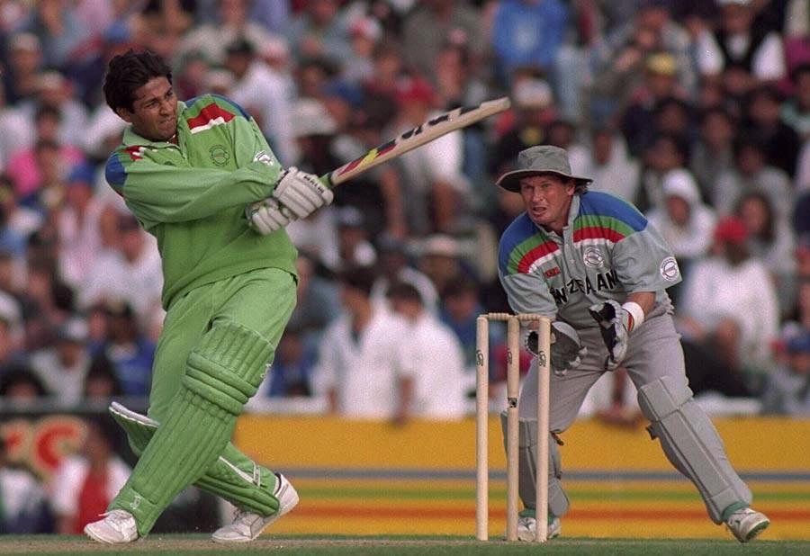 انضمام الحق کی طوفانی اننگز کی بدولت پاکستان 14 اوورز میں 123 رنز بنا کر پہلی بار کسی عالمی کپ کے فائنل تک پہنچا (تصویر: Getty Images)