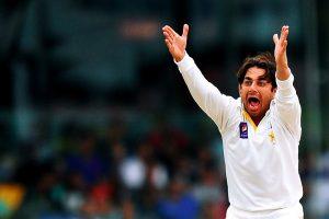 سعید اجمل نے کل 30 گیندیں پھینکی، یعنی ہر گیند کی پانچ، پانچ بار جانچ کی گئی (تصویر: AFP)