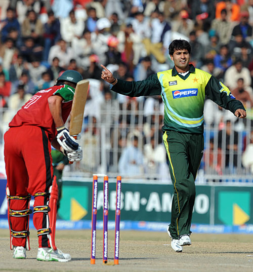 سہیل خان کو پاکستان کی طرف سے آخری ایک روزہ کھیلے ہوئے بھی تین سال سے زيادہ کا عرصہ گزر چکا ہے (تصویر: AFP)