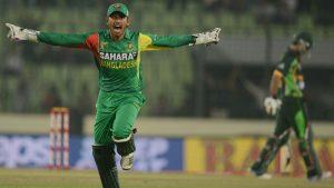 بنگلہ دیش پاکستان آنے کے لیے تحریری ضمانت دینے کے باوجود مکر گیا، لیکن پاکستان کی چند شرائط دیکھتے ہی بدک گیا ہے (تصویر: AFP)