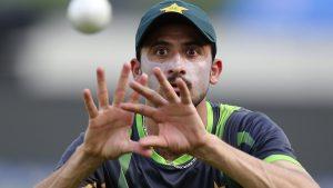 جنید خان کی عدم موجودگی پاکستان کے باؤلنگ دستے کو انتہائی کمزور بنا دے گی (تصویر: AP)