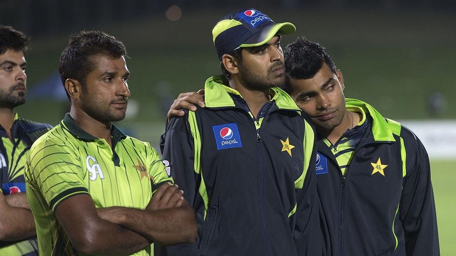 اب عالمی کپ سر پر کھڑا ہے اور پاکستان کے کھلاڑیوں کے حوصلے انتہائی پستی کو چھو رہے ہیں (تصویر: AFP)