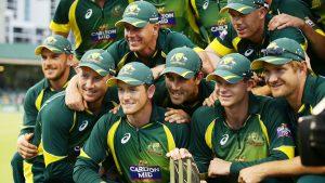 آسٹریلیا نے سہ فریقی سیریز میں کوئی مقابلہ نہیں ہارا اور اپنی نمبر ایک پوزیشن کو مزید مضبوط کرلیا (تصویر: Getty Images)