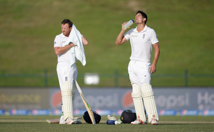 Pakistan v England - 1st Test: Day Three