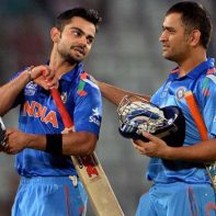kohli-and-dhoni