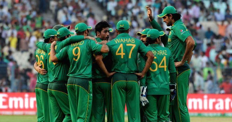 pakistan-s-bowler-mohammad-amir-celebrate-fall-of-396820