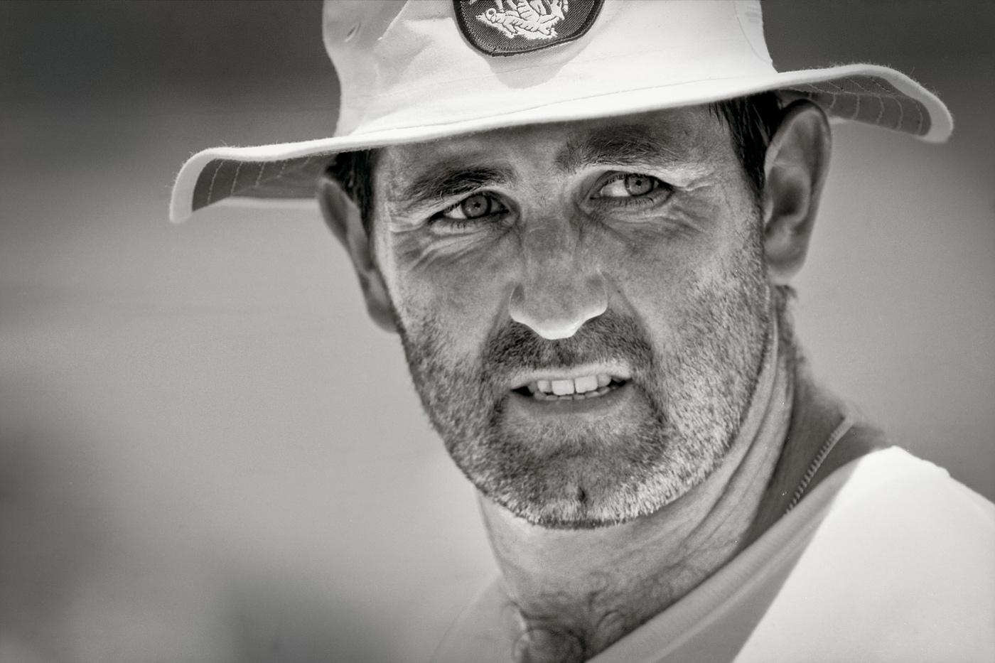 انگلستان کے سابق کپتان گراہم گوچ 35 سال کی عمر کے بعد سب سے زیادہ رنز، سب سے زیادہ سنچریاں اور سب سے طویل انںگز کھیلنے کا ریکارڈ رکھتے ہیں
